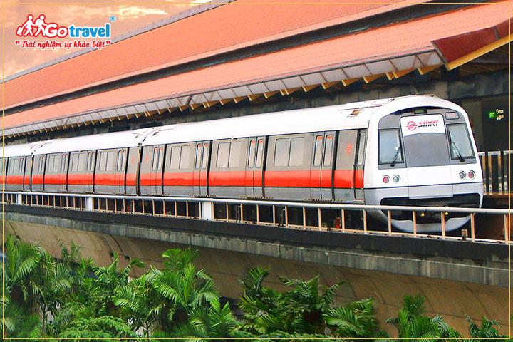 Tàu điện ngầm là phương tiện công cộng phổ biến tại Malaysia